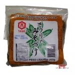 Pepino condimentado com massa de soja
